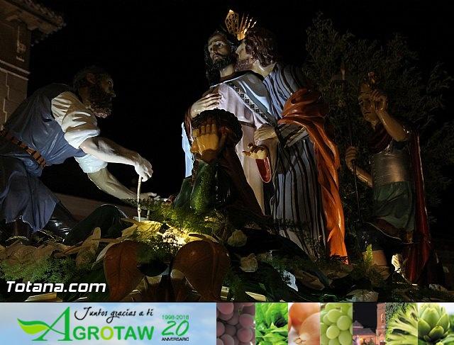 Traslado de pasos. Noche del Lunes Santo 2014 - 34