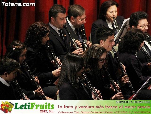 Concierto de la Agrupación Musical de Totana y la Coral Santiago - Fiestas de Santa Eulalia 2013 - 24