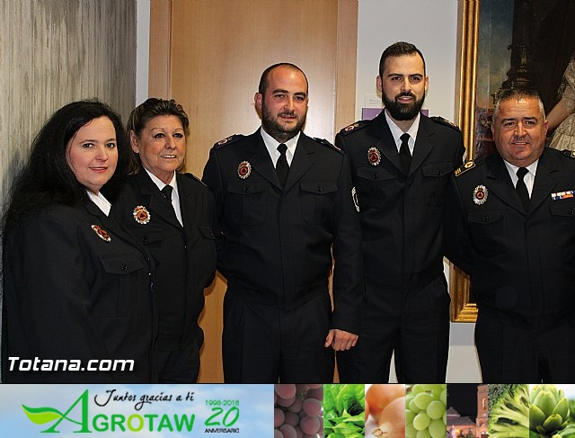 Entrega de condecoraciones a voluntarios de Protección Civil - 3