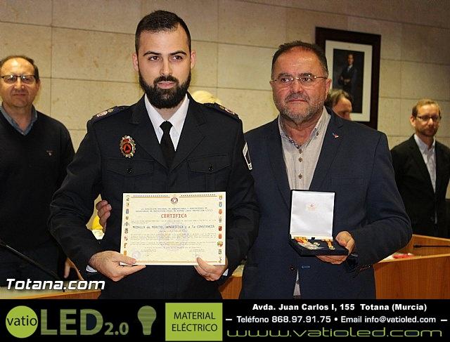 Entrega de condecoraciones a voluntarios de Protección Civil - 36