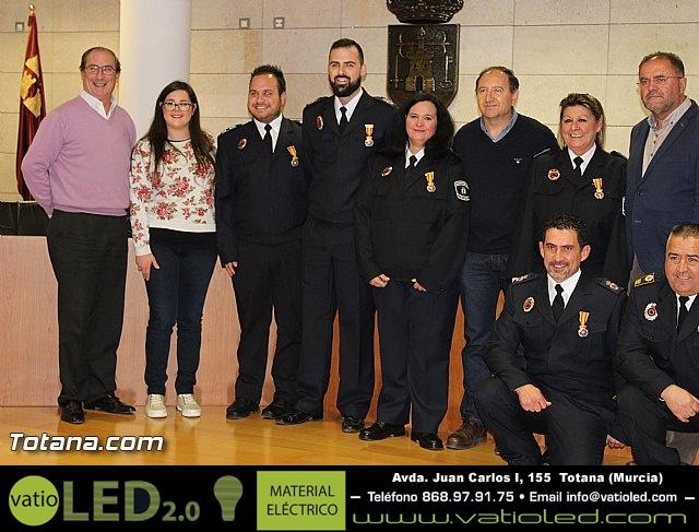 Entrega de condecoraciones a voluntarios de Protección Civil - 42