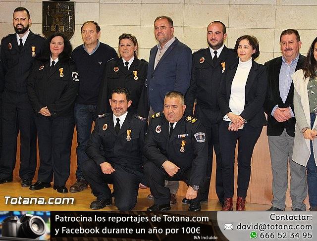 Entrega de condecoraciones a voluntarios de Protección Civil - 43