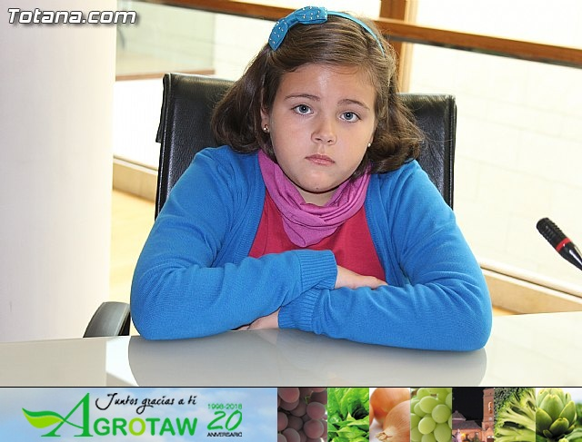 Lectura del manifiesto del Día de los Derechos del Niño 2013 - 7