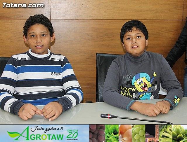 Lectura del manifiesto del Día de los Derechos del Niño 2013 - 11