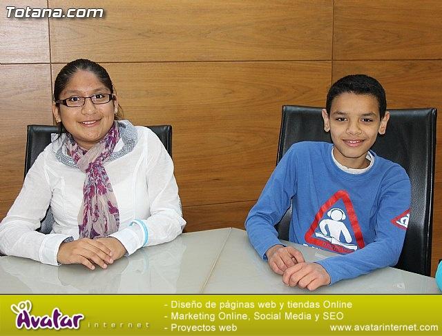 Lectura del manifiesto del Día de los Derechos del Niño 2013 - 12