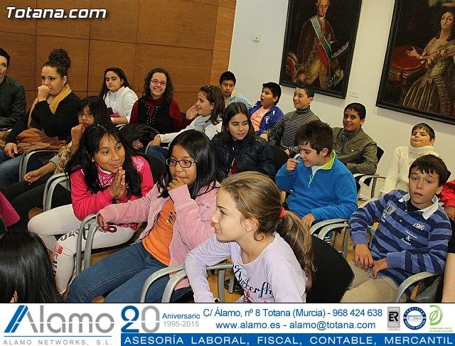 Lectura del manifiesto del Día de los Derechos del Niño 2013 - 20