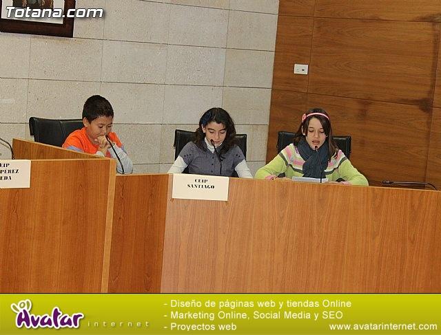 Lectura del manifiesto del Día de los Derechos del Niño 2013 - 34