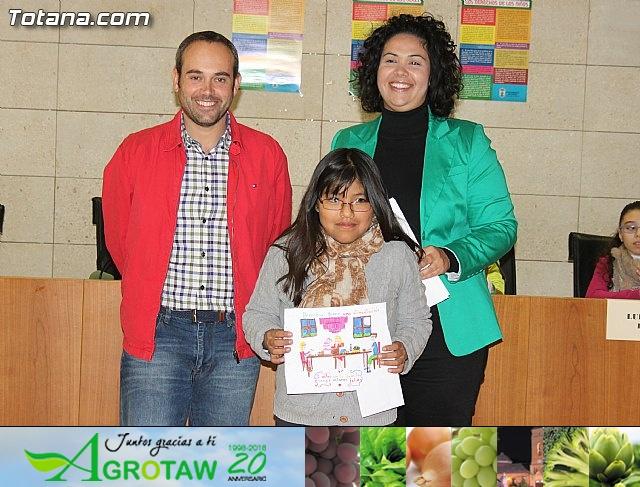 Lectura del manifiesto del Día de los Derechos del Niño 2013 - 38