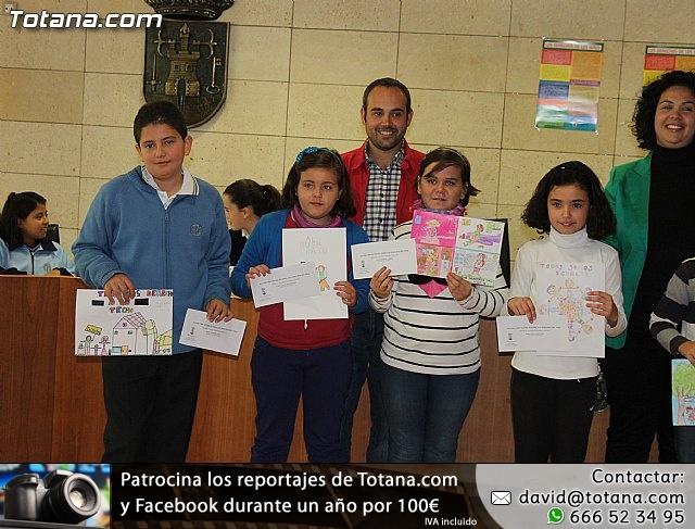 Lectura del manifiesto del Día de los Derechos del Niño 2013 - 44