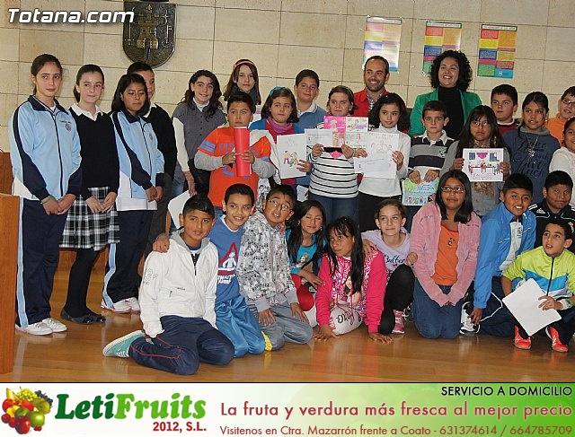 Lectura del manifiesto del Día de los Derechos del Niño 2013 - 48
