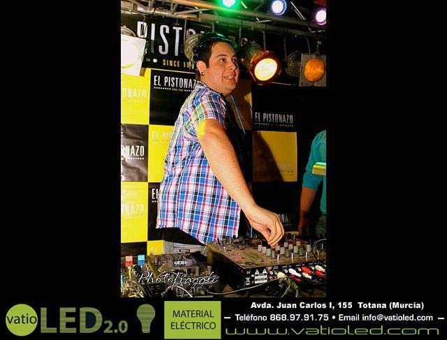 La Peña El Pistonazo y el Grupo Miras organizaron el Carnival Group Party - 2