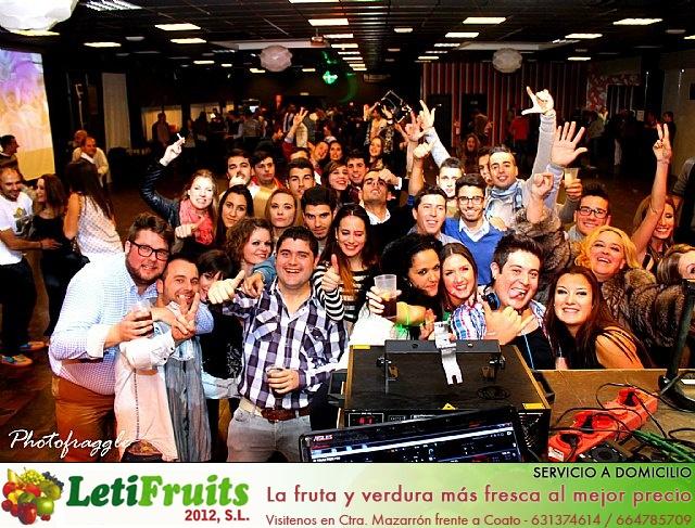La Peña El Pistonazo y el Grupo Miras organizaron el Carnival Group Party - 40