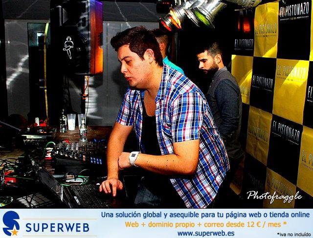 La Peña El Pistonazo y el Grupo Miras organizaron el Carnival Group Party - 43