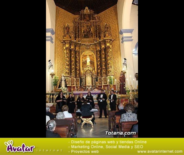 """Canto de """"Los siete dolores de María""""  y Stabat Mater - Coral Musicatesem - Viernes de Dolores 2019 - 1"""