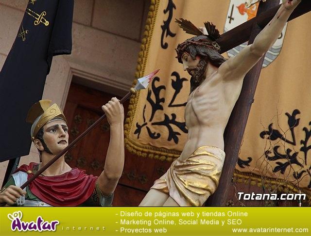 Traslados de los tronos a sus sedes tras la suspensión de la procesión del Santo Entierro 2019 - 14