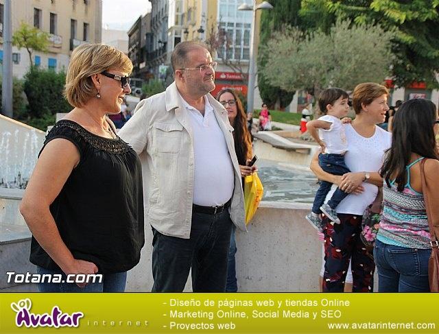 D´Genes conmemora con una gran X humana el Día Europeo del Síndrome X Frágil - 31