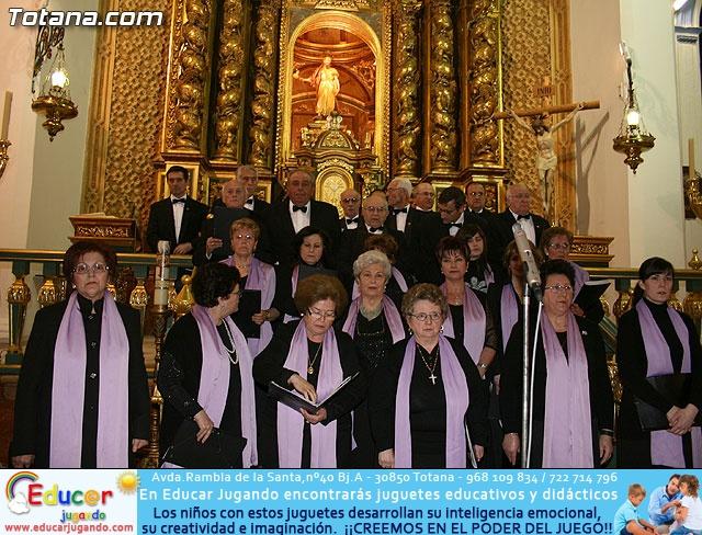 Concierto de Música Sacra e imposición del Escudo de Oro a la Coral Santiago de Totana - 11