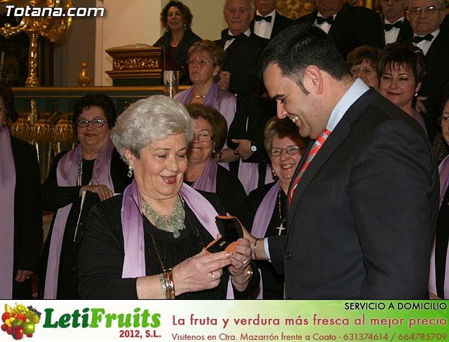 Concierto de Música Sacra e imposición del Escudo de Oro a la Coral Santiago de Totana - 31