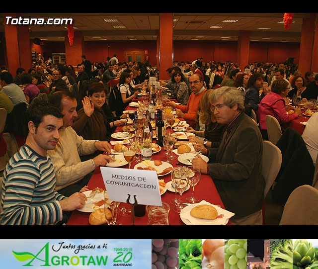 """CENA PARA PRESENTAR EL CARTEL DEL CARNAVAL 2008 Y LA PROCLAMACIÓN PÚBLICA DE """"DON CARNAL"""" Y """"LA MUSA"""" - 4"""