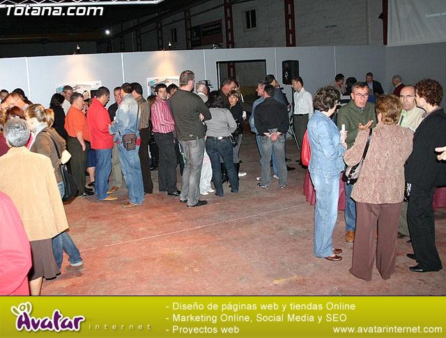 """PRESENTACIÓN DEL PROYECTO """"CROMA RESIDENCIAL"""", DE LA  EMPRESA """"CONSTRUCCIONES HERMANOS PALOMARES"""" - 4"""