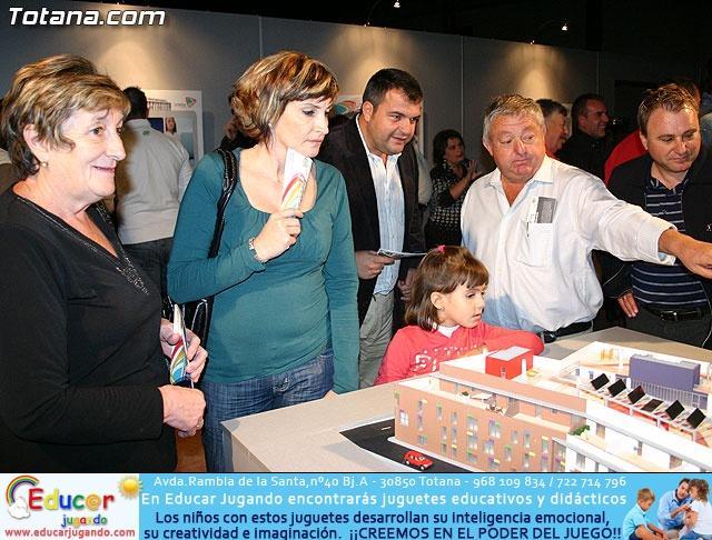 """PRESENTACIÓN DEL PROYECTO """"CROMA RESIDENCIAL"""", DE LA  EMPRESA """"CONSTRUCCIONES HERMANOS PALOMARES"""" - 21"""