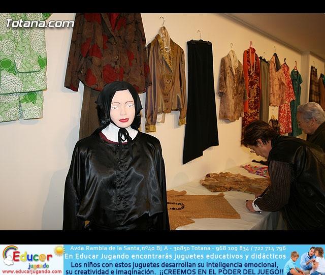 """INAUGURACIÓN DE LA """"EXPOSICIÓN DE PINTURA, MANUALIADADES Y BORDADO A MANO"""" - ASOCIACIÓN DE AMAS DE CASA DE LAS """"TRES AVEMARÍAS"""" - 21"""