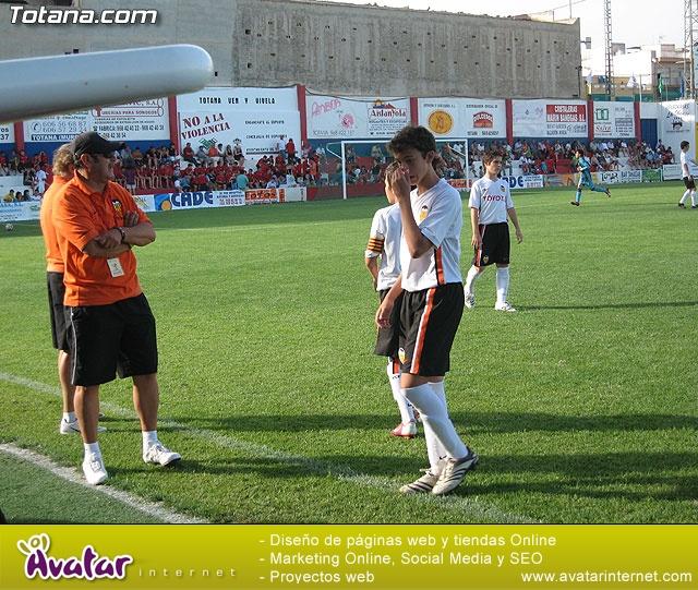 El Valencia C.F. se proclama campeón del VI torneo de fútbol Ciudad de Totana - 11