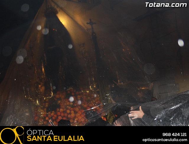 La lluvia obliga a suspender la Procesión del Jueves Santo 2011 - 20