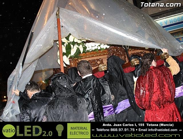 La lluvia obliga a suspender la Procesión del Jueves Santo 2011 - 30
