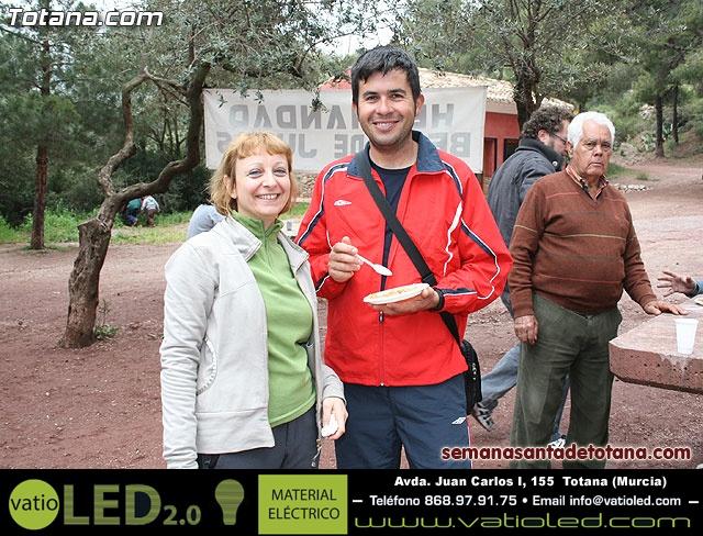 Jornada de convivencia en La Santa. Hermandades y cofradías. 18/04/2010 - 3