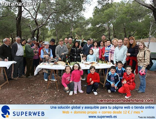 Jornada de convivencia en La Santa. Hermandades y cofradías. 18/04/2010 - 23