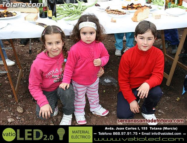 Jornada de convivencia en La Santa. Hermandades y cofradías. 18/04/2010 - 29