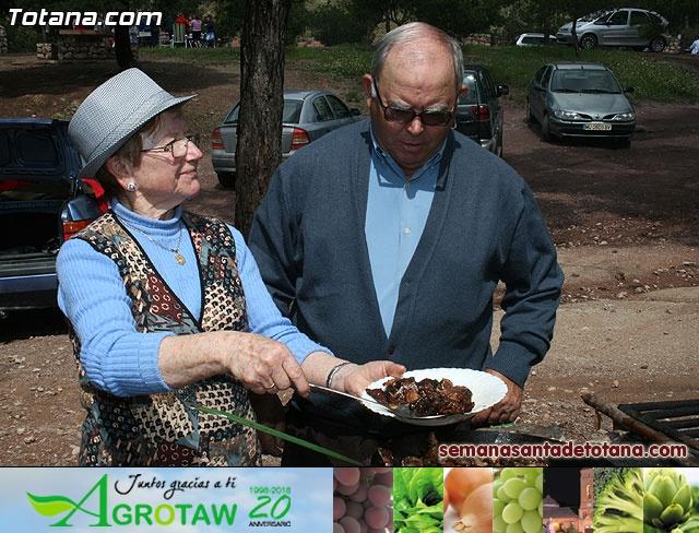 Jornada de convivencia en La Santa. Hermandades y cofradías. 18/04/2010 - 34