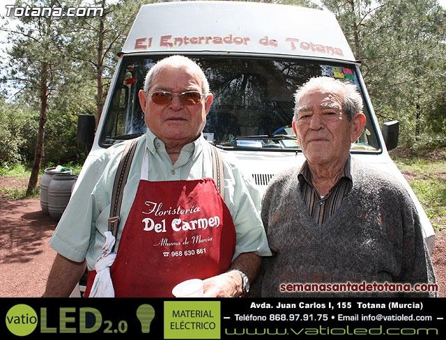 Jornada de convivencia en La Santa. Hermandades y cofradías. 18/04/2010 - 63