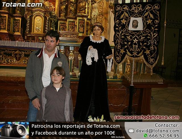 La Hermandad de La Verónica estrena traje de vestir luto - 46