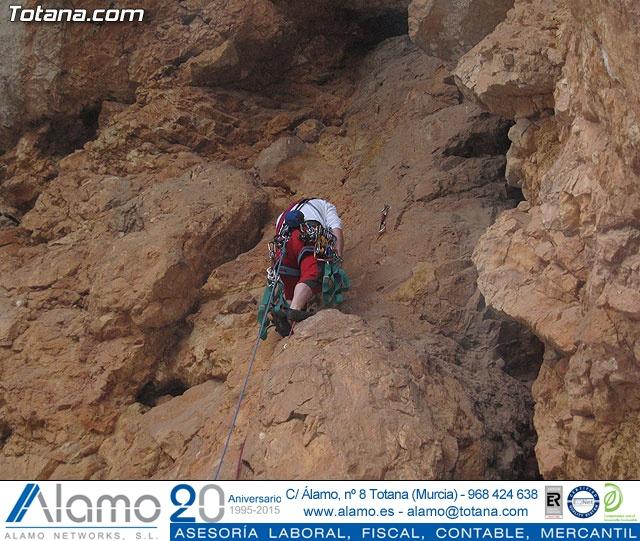 Escalada  Via Murcielago Valle de Leiva - 6