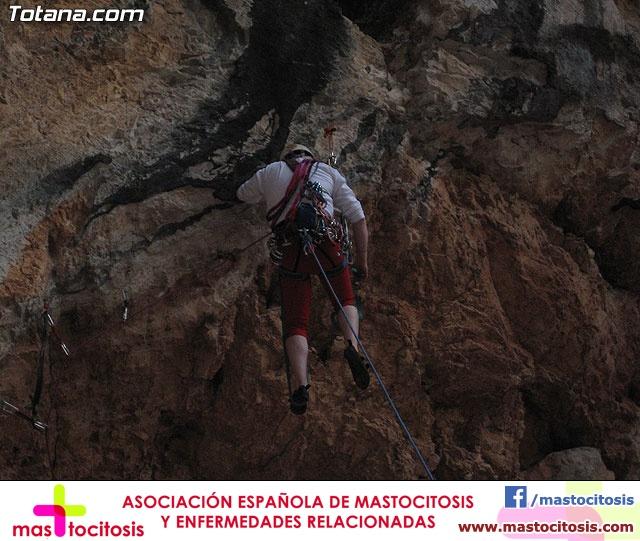 Escalada  Via Murcielago Valle de Leiva - 11