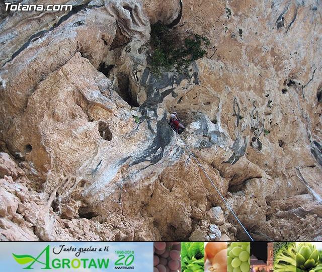 Escalada  Via Murcielago Valle de Leiva - 13