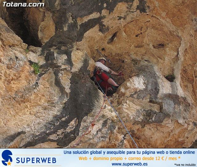 Escalada  Via Murcielago Valle de Leiva - 14