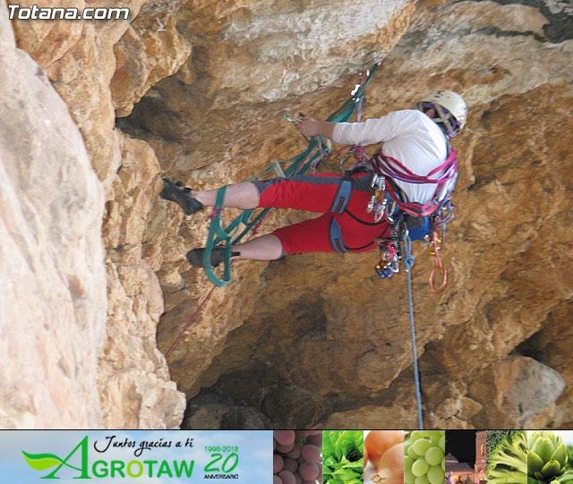 Escalada  Via Murcielago Valle de Leiva - 30