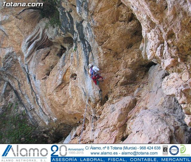 Escalada  Via Murcielago Valle de Leiva - 34