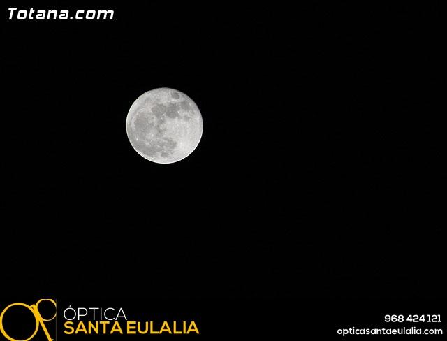 Traslado de pasos. Noche del Lunes Santo 2011 - 427