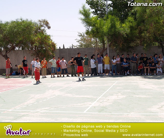 VISITA Y EXHIBICIÓN DE  NICOLAS ALMAGRO EN EL I.E.S. JUAN DE LA CIERVA - 2
