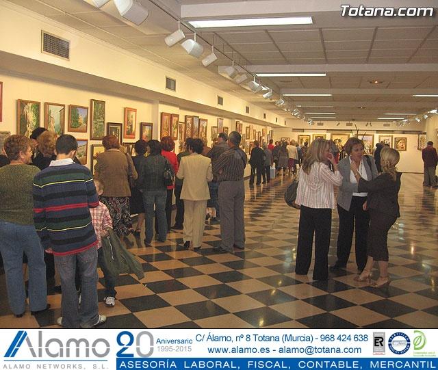 """LA ASOCIACIÓN DE AMAS DE CASA DE LAS """"TRES AVEMARÍAS"""" INAUGURA LA EXPOSICIÓN DE PINTURA """"YO, NI MEDIA PALABRA. ¿Y TÚ?"""" ANTE UN NUMEROSO PÚBLICO EN LA SALA MUNICIPAL DE EXPOSICIONES """"GREGORIO CEBRIÁN"""" - 1"""