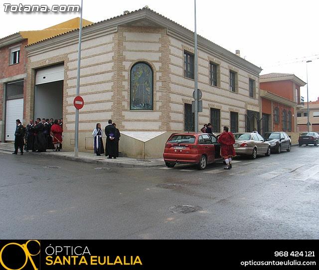Traslado del Santo Sepulcro desde su sede a la parroquia de Santiago. Totana 2009 - 1