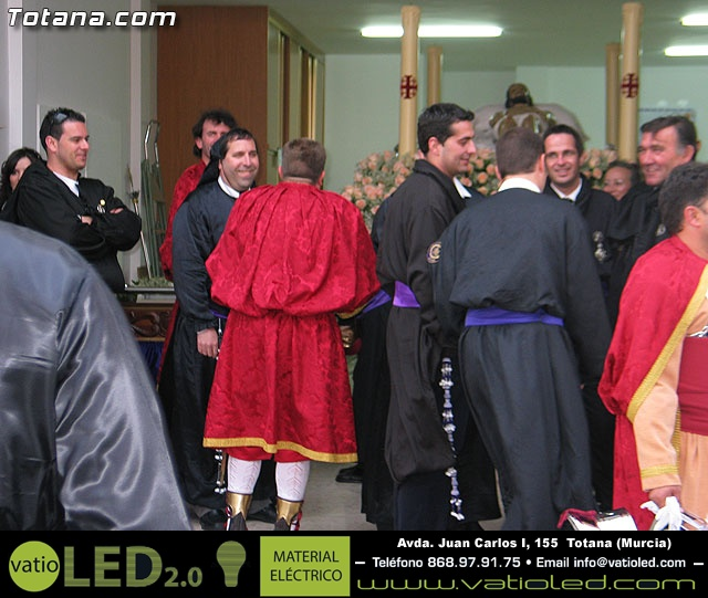 Traslado del Santo Sepulcro desde su sede a la parroquia de Santiago. Totana 2009 - 3