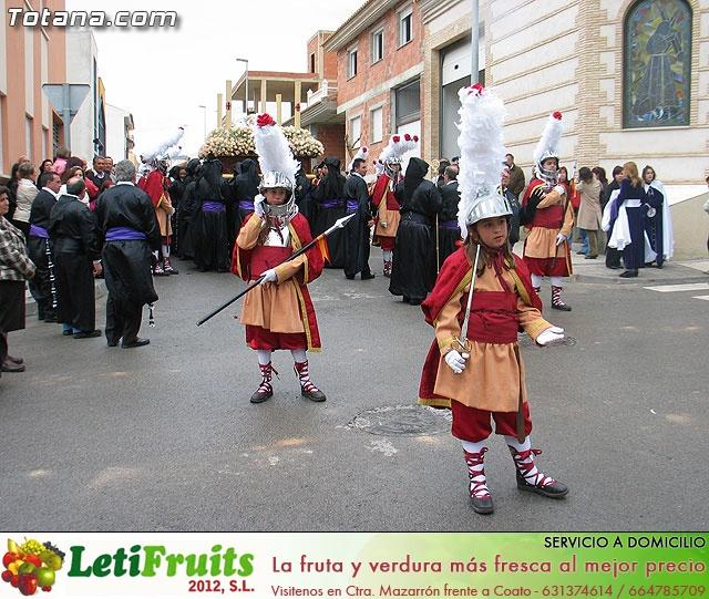 Traslado del Santo Sepulcro desde su sede a la parroquia de Santiago. Totana 2009 - 15
