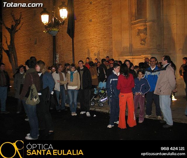TRASLADO TRONOS QUE PROCESIONARON EN LA NOCHE DEL MARTES Y MIÉRCOLES SANTO - 2