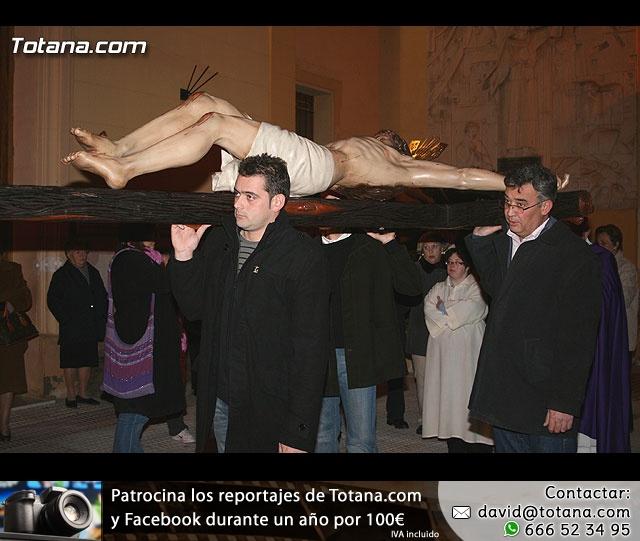 Vía Crucis organizado por la Hermandad de Jesús en el Calvario y la Santa Cena . 2008 - 15
