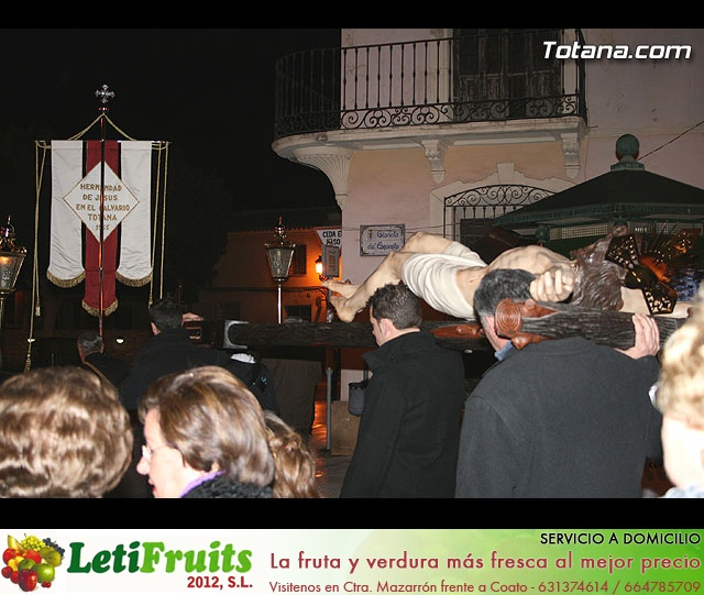 Vía Crucis organizado por la Hermandad de Jesús en el Calvario y la Santa Cena . 2008 - 38